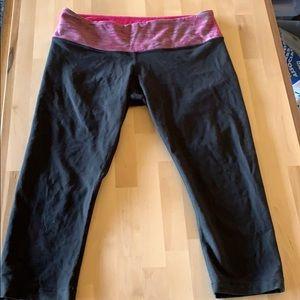 Wunder under crop with pink waistband